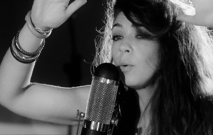 Arrabalero: Gris Blanco Negro - Music on Google Play