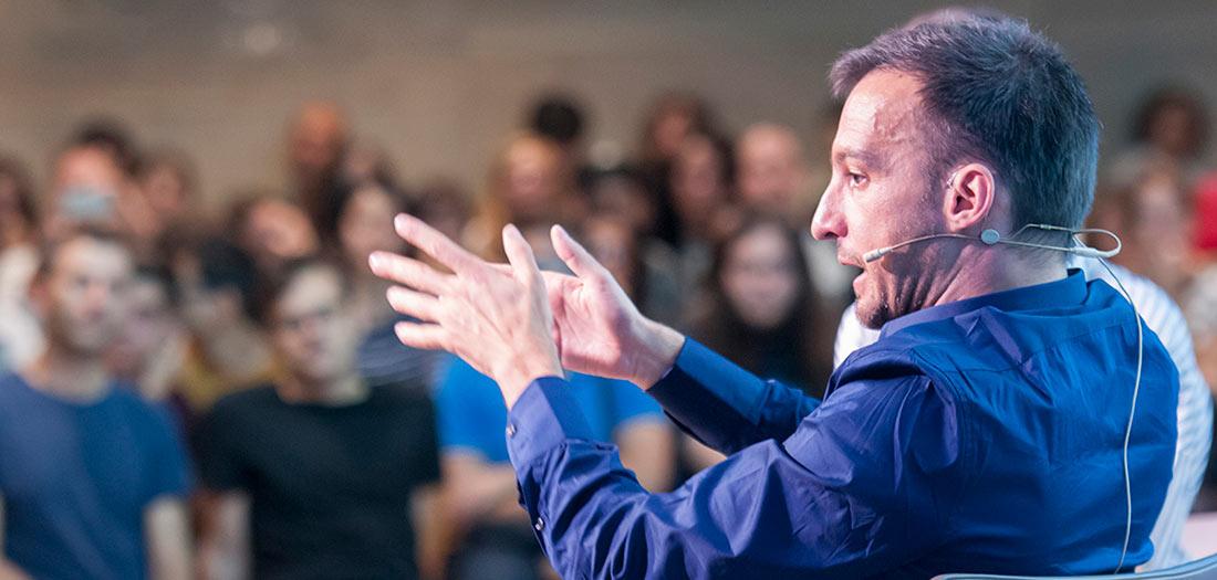 El director de cine Alejandro Amenábar en nuestro auditorio.
