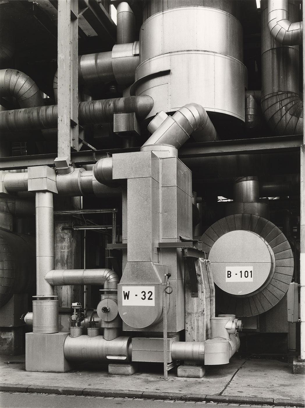 Bernd y Hilla Becher - Chemische Fabrik Wesseling bei Köln, 1992.