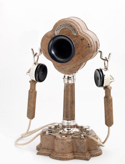 Teléfono de sobremesa 1893. Société Industrielle des Téléphones.
