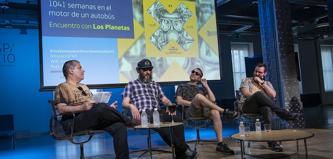 Imágenes del encuentro con Los Planetas.