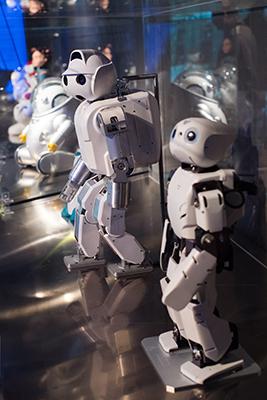 Algunos de los robots que pueden verse en la muestra 'Nosotros, Robots'.