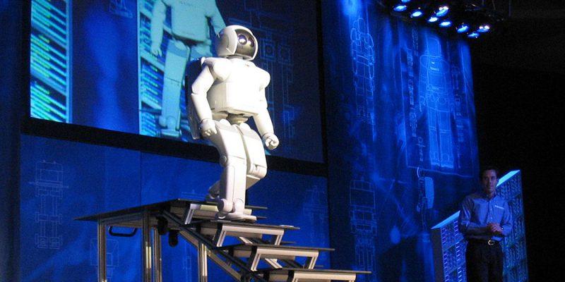 Imagen: Honda ASIMO Walking Stairs