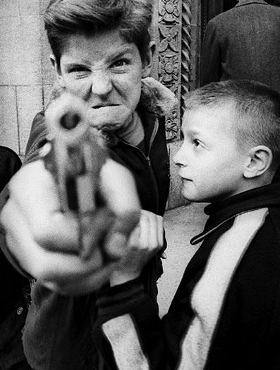 Gun 1, Broadway and 103rd street, New York, 1954 ©William Klein