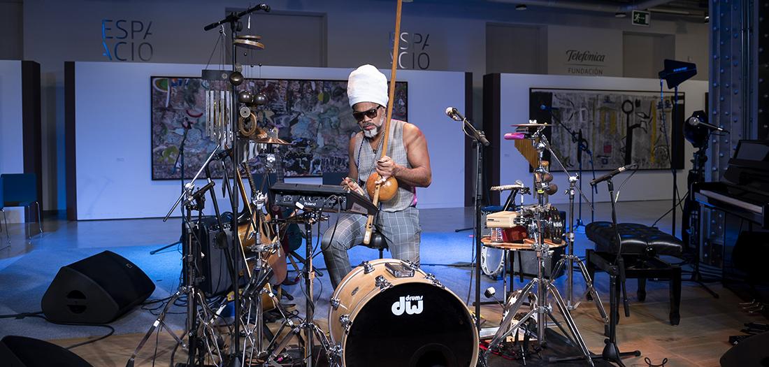 Carlinhos Brown, durante su actuación en nuestro auditorio.