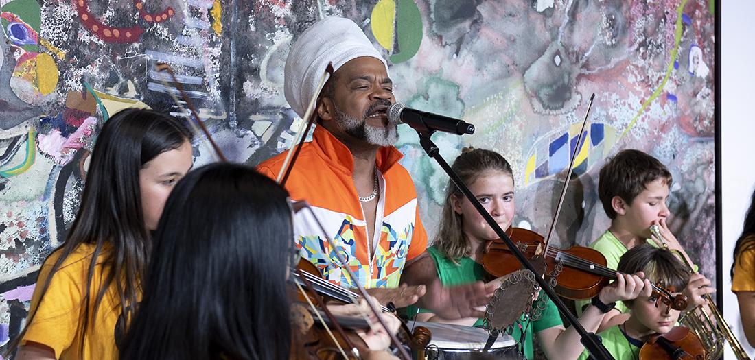 Niños del colegio público Santa María del proyecto musical DaLaNota.